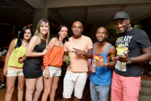 V8 PIZZA BAR sexta, 07/02. SUMMER NIGHT � Samba Rock e DJ