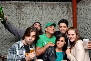 Saint Patricks Day no V8 - banda Calabura, s�bado, 22/03