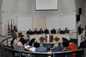 Câmara Municipal de São Roque, terça 14/08/18: Sessão Solene