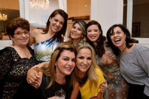 Aniversário da Yara Barros, sábado 21 de abril, Parabéns!