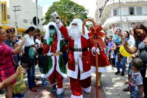 Para abrilhantar o Natal ACIA trouxe Papai Noel,sábado 02/12